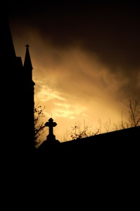 church-silhouette-1233314-639x961