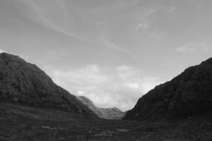 rocky-valley-1340724-639x426